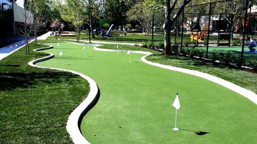 Artificial Turf Putting Green to improve your short game