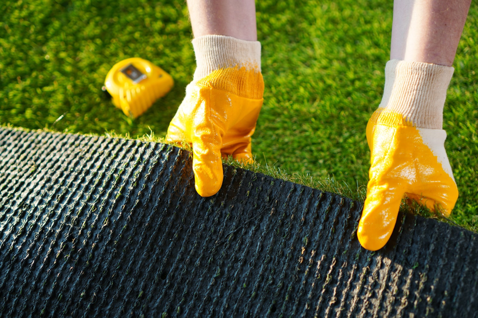Essential Dos and Don'ts of Maintaining Artificial Grass in St. Louis, MO