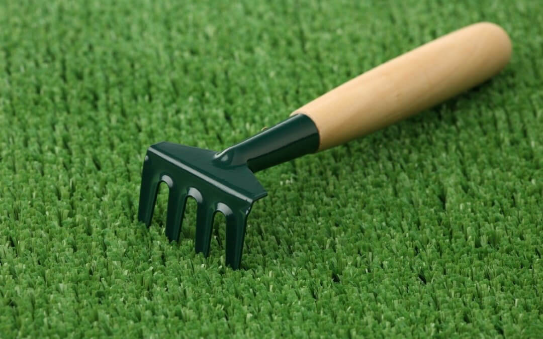Easy Care Tips for St. Louis Artificial Turf Putting Greens